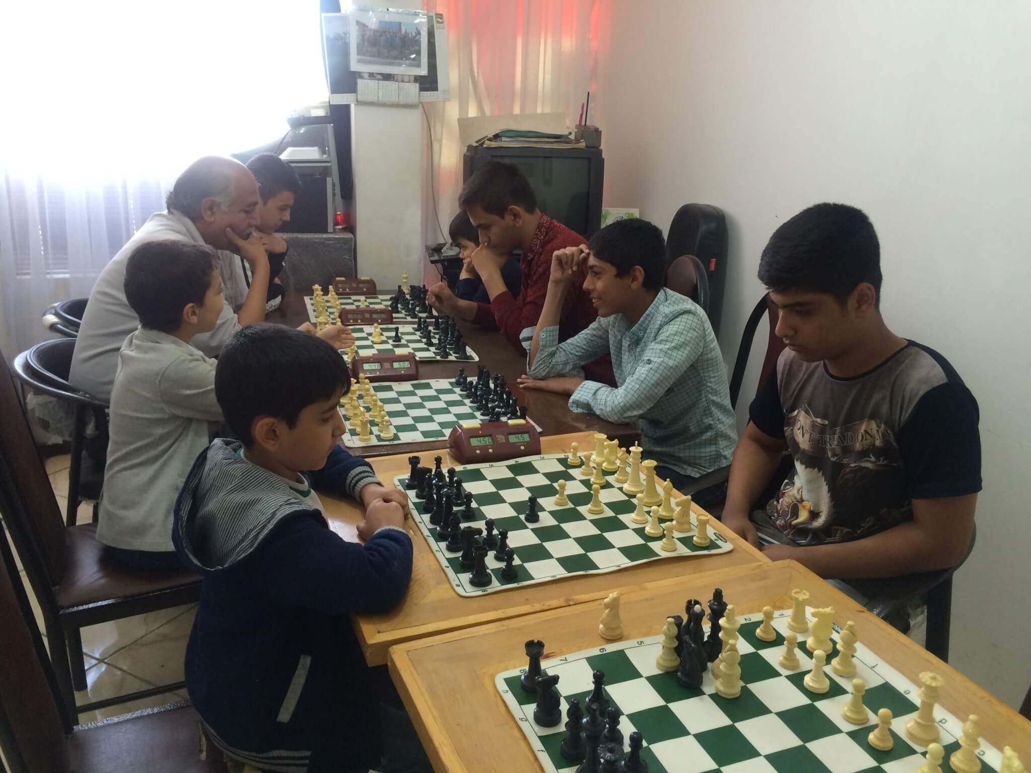 گزارش اولین مسابقه بلیتس هیات شطرنج رباط کریم به مناسبت هفته تربیت بدنی